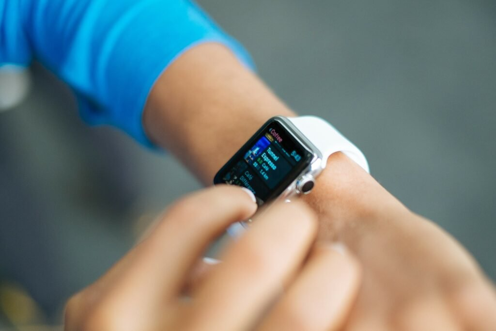 Wrist wearable working out run