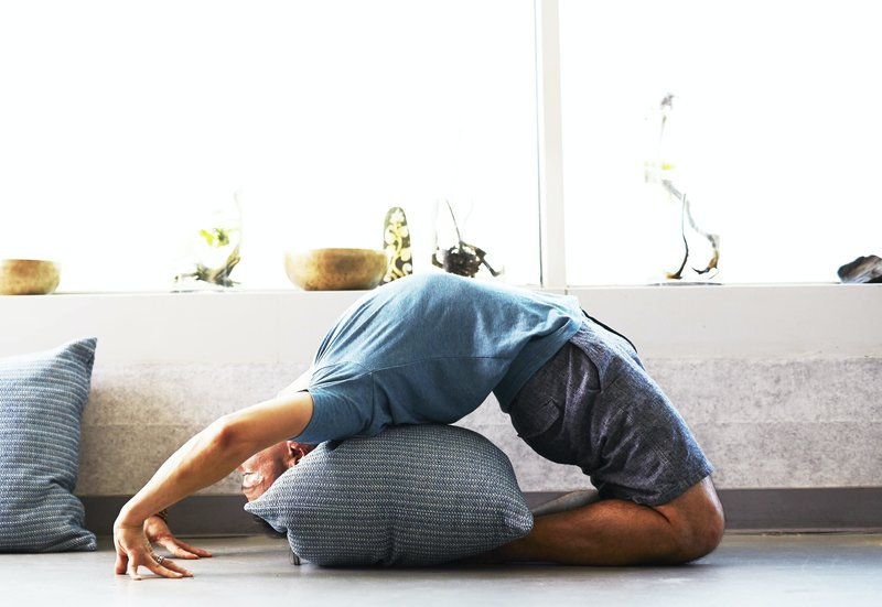 How to do online yoga classes at home